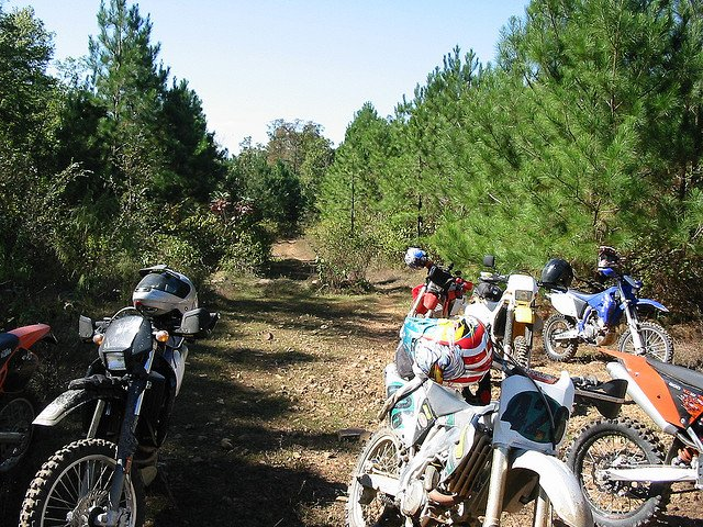4 Dirt Bike Destinations to Try This Summer