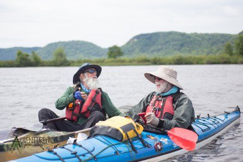 80-Year-Old Becomes Oldest to Paddle Entire Mississippi River