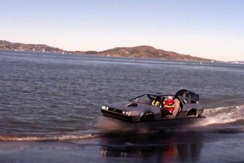 Hovercraft DeLorean Turning Heads in San Francisco Bay