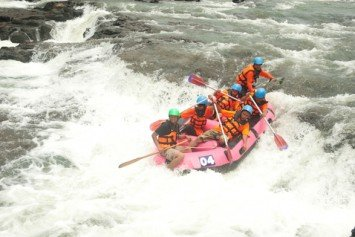 6 Top Whitewater Rafting Destinations in America