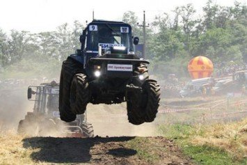 The Thrill of Russian Flying Tractor Racing
