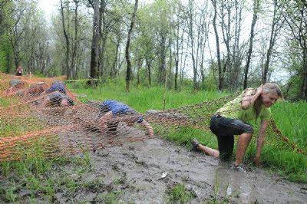 dirty dozen mud