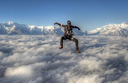 everest-skydive-21-1024x496