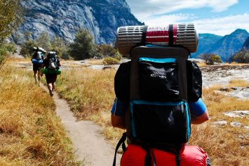 6 Holiday Gifts for Backpackers